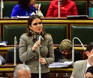 سحر نصر: مشروع قانون «أوبر وكريم» الأول في النقل الجماعي بالشرق الأوسط