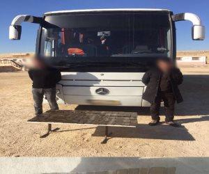 قوات إنفاذ القانون تدمر عربة نقل و5 دراجات نارية بوسط سيناء