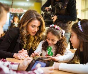 """إطلاق تطبيق """"كريم وجنى"""" التعليمي لتعزيز مهارات التعلم للأطفال"""