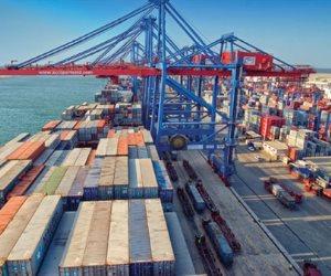 ميناء الأسكندرية يستقبل 250 ألف طن سلع استراتيجية اليوم الأحد