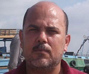 """نقيب الصيادين بكفر الشيخ : """"ارتفاع الأمواج إلى 4 أمتار  .. والرياح تشل الحياة في قري الصيادين"""