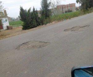 نائب الغربية: الأسفلت تفتت بعدد من الطرق بالمحلة بعد شهرين فقط من رصفها