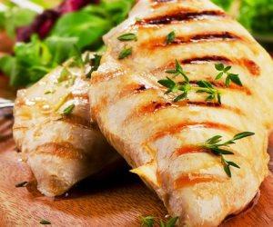 8 فوائد صحية لصدور الدجاج بدون الجلد .. فقدان الوزن ومضاد طبيعى للإكتئاب