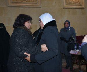 وزيرة الثقافة تقدم واجب العزاء لأسرة سيد خطاب (صور)