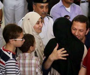 كلاكيت تانى مرة.. لفته إنسانية لقاضى «فض اعتصام رابعة» يسمح لباسم عودة بمقابلة أبنائه