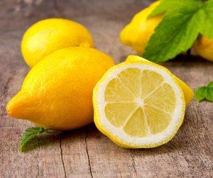 للحماية من الجراثيم والالتهابات.. تناول كوب ليمون مغلي 3 مرات يومياً