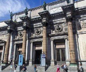 رسالة إلى متحف الفنون في بروكسل حول الأعمال المشكوك فيها