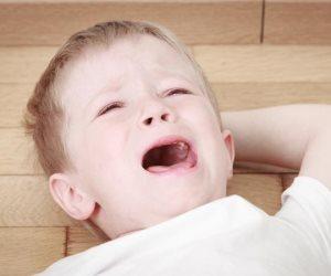 لو طفلك مصاب بالفصام أعرفي الأسباب والأعراض