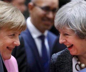 تيريزا ماي وأنجيلا ميركل.. مصير خروج بريطانيا من الإتحاد الأوروبي بين إمرأتين