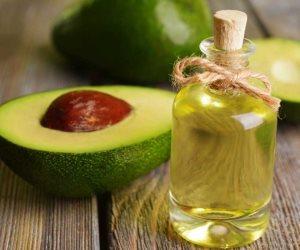 أبرز الفوائد الصحية لزيت الأفوكادو .. صحة القلب ويحارب السموم