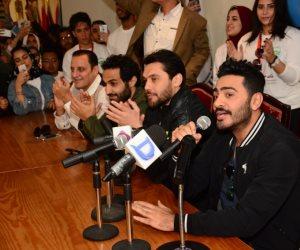 """الصقر والثعلب وادوارد وتامر حسني و""""الليثى"""" يشاركون فى حملة التبرع بالدم بكلية الإعلام بجامعة مصر للعلوم والتكنولوجيا (صور)"""