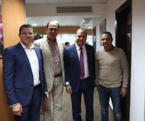 """الإعلاميان عمرو عبدالحميد ونشأت الديهي فى زيارة لموقع """"صوت الأمة"""""""