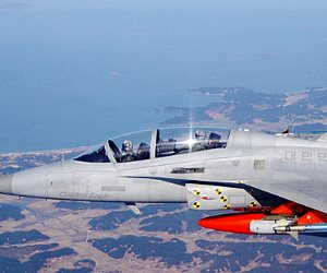"""العراق تتسلم الدفعة الثانية من طائرات """"تي 50 """" الكورية"""