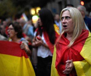 في اليوم العالمي للمرأة.. نساء إسبانيا يوقفن 300 قطار عن العمل
