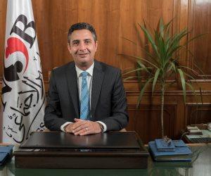 شريف فاروق: «صرف النفقة بالمحمول» لا يتطلب سوى ملء استمارة