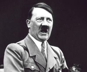 «حرب البرق».. قصة احتلال هتلر لأربع دول أوربية وتدمير مدنها بخديعة ألمانية