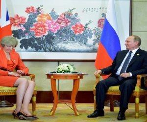 أول تعليق من تيريزا ماي على طرد دبلوماسيين بريطانيين من روسيا