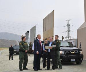 ترامب يعاين 8 نماذج للجدار العازل مع المكسيك (صور)