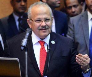 وزير التعليم العالي يشيد بانضباط عملية الامتحانات بجامعة القاهرة