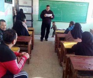 """عقد امتحان محو أمية فى ميت أبو غالب ضمن مبادرة """"دمياط بلا أميه 2020"""""""