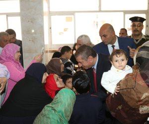 محافظ كفرالشيخ يتابع إجراء 45 عملية جراحية للأطفال بالمجان في فوة