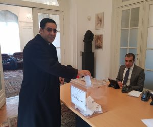 """مصر تنتخب الرئيس.. المصريون يعطون """"الإخوان"""" درسا في معنى حب الوطن"""