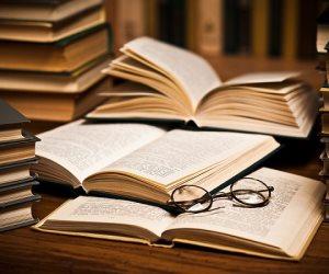 أكثر شعوب العالم قراءة.. ومصر مفاجأة القائمة (إنفوجراف)