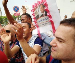 «يابهية شدي الحيل».. المصريون يقتلون الخونة في صمت