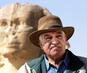 """وزير الآثار من المتحف المصرى :"""" العالم اجتمع في حب زاهى حواس"""""""