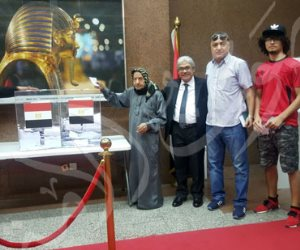 أكبر معمر مصري بالخارج يدلي بصوته في الانتخابات الرئاسية بدبي (صور)
