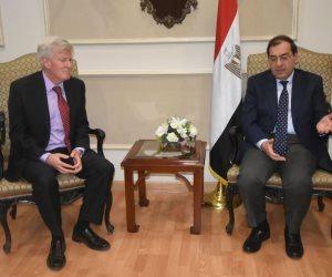كيف اهتمت الشركات العالمية بالعمل بالأنشطة البترولية في مصر؟