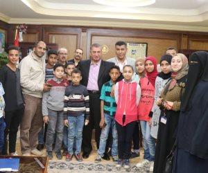 أطفال كفر الشيخ يتبرعون لتعمير سيناء (صور)