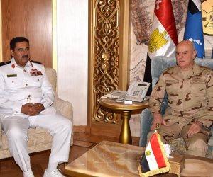 الفريق محمد فريد يلتقي مدير الاستخبارات العسكرية بمملكة البحرين