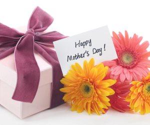 """كبسولة قانونية.. هل يجوز شراء هدايا عيد الأم تحت بند """"البيع بشرط التجربة""""؟"""