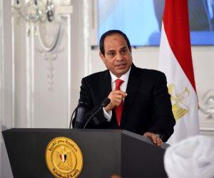 السيسي لحضور جلسة «اسأل الرئيس»: «انا بفضفض معاكم.. ويارب يطلعلنا كل يوم بير زي ظهر»