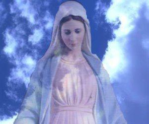 بدء صيام العذراء.. قصة حمل الملائكة لجسد السيدة مريم إلى السماء