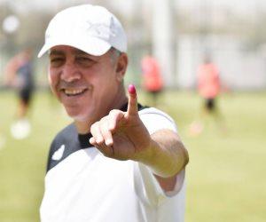 أبو الشهيد يقود الرياضيين للمشاركة في ثانى أيام انتخابات الرئاسة (صور)