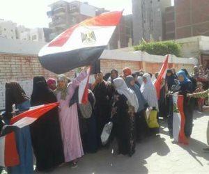 حزب النور يوفر أتوبيسات لنقل المواطنين للإدلاء بأصواتهم في الضبعة (صور)
