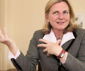 النمسا تقترح استضافة المحادثات المقبلة بشأن تسوية الأزمة السورية