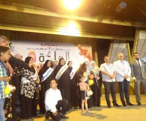 رئيس مدينة الأقصر يشهد تكريم 5 أمهات برحلات عمرة (صور)