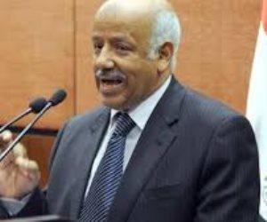 بلاغ يتهم الوزير الأسبق أحمد سليمان بإهانة القضاء عبر القنوات الإخوانية