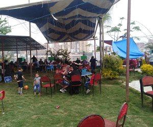 أهالي البحيرة يحتفلون بشم النسيم في الرحلات النيلية والحدائق العامة  (صور وفيديو)
