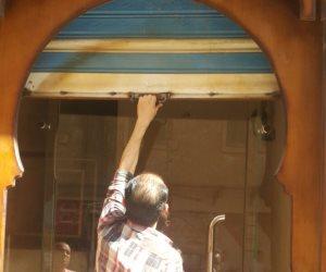 غلق 3 كافيهات وإخلاء 5 محلات خلال حملة داخل مدينة دمنهور