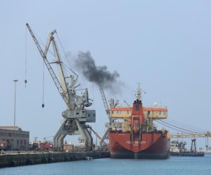 ميناء دمياط يستقبل 15 سفينة حاويات وبضائع عامة خلال 24 ساعة