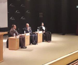 محمد صبحى: نستطيع الانتصار على أكبر إمبراطورية في العالم بالأعمال الفنية