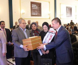محافظ كفر الشيخ يشهد حفل تكريم أمهات الشهداء والمتفوقين و300 طفل يتيم (صور)