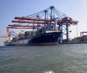 دخول وخروج 22 سفينة لموانئ بورسعيد خلال الـ 24 ساعة الماضية
