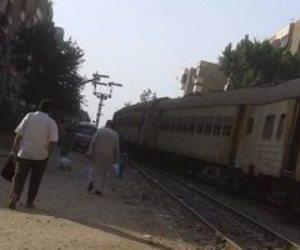 العناية الإلهية تنقذ طالبا بعد سقوطه من قطار بالمنوفية
