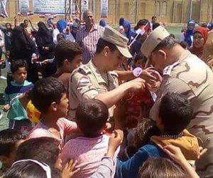 محافظ شمال سيناء يشارك الأطفال باحتفالية يوم اليتيم بالعريش (صور)