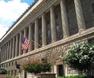 الولايات المتحدة تحظر على شركاتها بيع معدات اتصالات «زد.تي.إى» الصينية